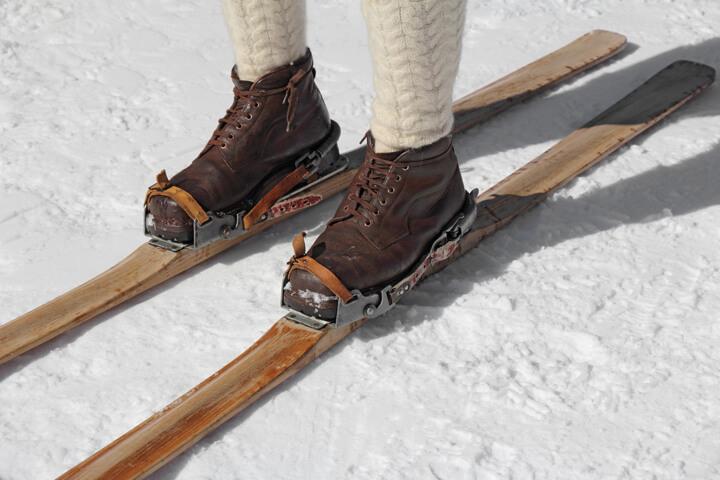 1月12日はスキーの日 歴史で紐解くスキーの発展と「今」のイメージ