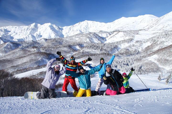 学生/社会人にも最高!日帰りスキーツアーはメリットだらけのイメージ