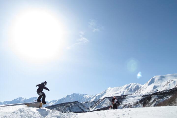 夜発日帰りスキーツアーの魅力 良質な雪に会える5つのゲレンデのイメージ