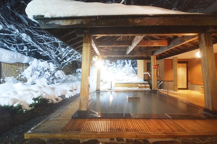 ゲレンデも温泉も楽しもう!スキー場周辺のおすすめの温泉宿5選のイメージ