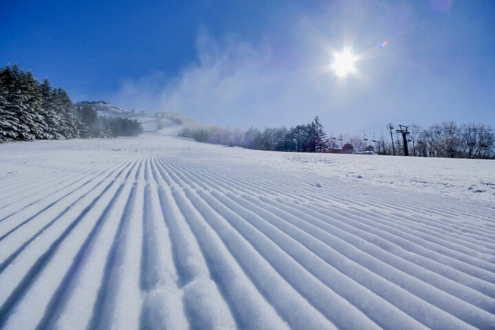 3月・4月の春スキー&スノボにおすすめ!ロングシーズン楽しめる12スキー場のイメージ