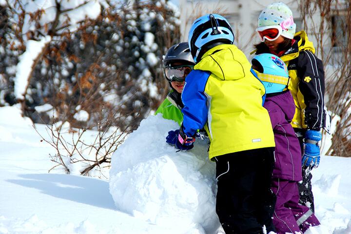 子ども連れでも安心!新幹線で行くファミリーにおすすめの5スキー場のイメージ