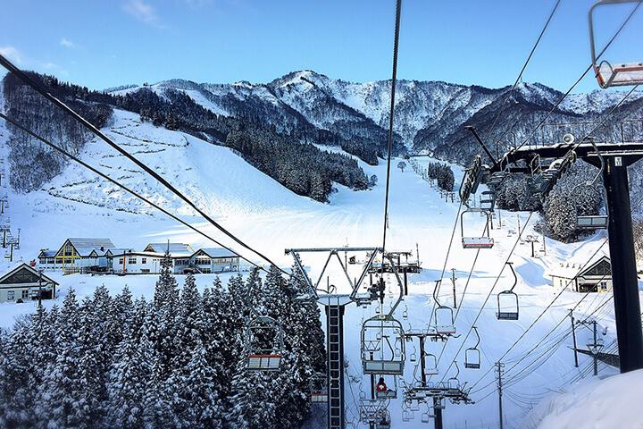 神立高原スキー場現地レポート!豊富な積雪と中上級者向けのコースが魅力!のイメージ