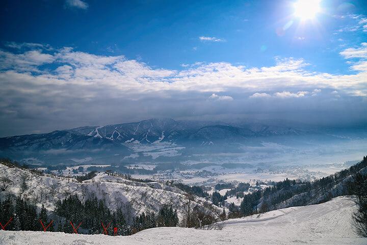 戸狩温泉スキー場現地レポート!リーズナブルにゲレンデと温泉を楽しむならここ!のイメージ