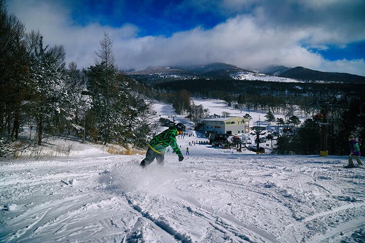 菅平高原スノーリゾート現地レポート!雪質の良さと広大なエリア・絶景が魅力のスキー場のイメージ