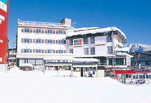 <HAKUBA VALLEY栂池高原スキー場>温泉付ホテル スマッシュヒットプラン