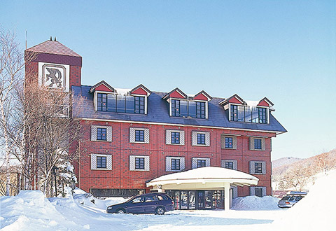 <菅平高原スノーリゾート> 宿おまかせ ゲレンデサイドホテルクラス